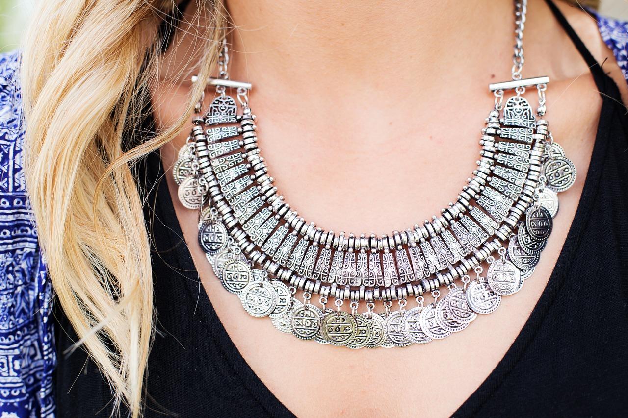 Trendy biżuteria